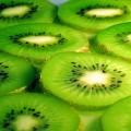 kiwi propiedades y alimentos con vitamina c